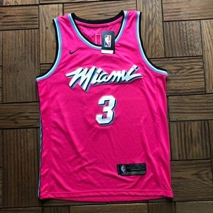 NWT Dwayne Wade - Closeout Sale 🔥🔥🔥